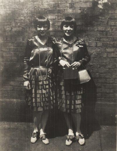 Flapper Twins 77